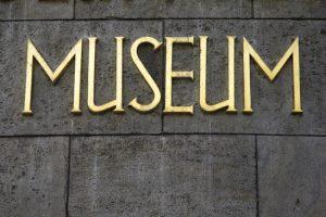 photodune-5173847-museum-xs