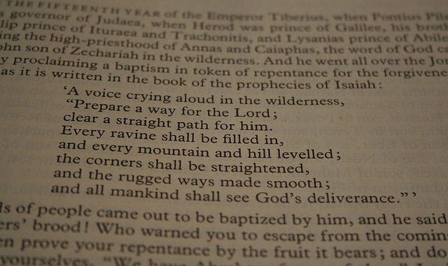 bible-1307498_640