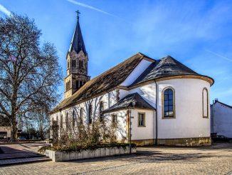 church-4020637_640
